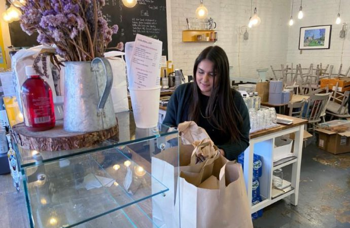 No more coffee and cakes: London cafe owner rushes to help health service