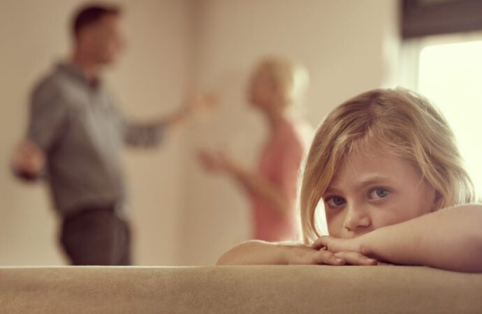Can separated parents still see their children?