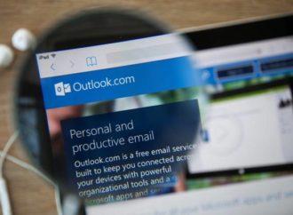 Microsoft's email client breaks worldwide following software update • The Register