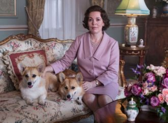Olivia Colman reveals she accidentally swore while meeting the Queen | The Independent